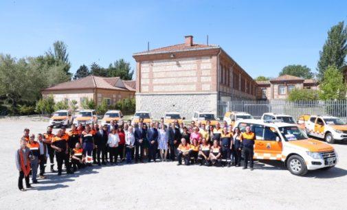 La Comunidad de Madrid entrega nuevos vehículos de Protección Civil a 18 municipios