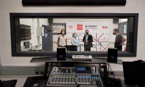 Los  jóvenes músicos en Madrid tienen acceso gratuito a salas de ensayo y equipos técnicos