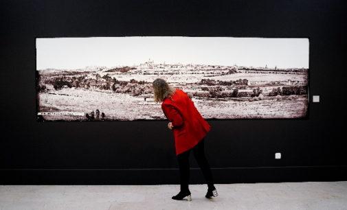 La Comunidad de Madrid recorre la vida y el Madrid de Galdós en una exposición inédita