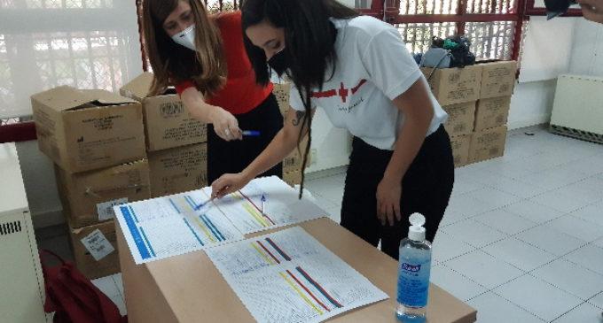 La Comunidad de Madrid reparte material de protección frente al COVID-19 para actividades de ocio juvenil