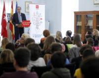 La Comunidad dota a los centros educativos de material didáctico sobre la Constitución Española