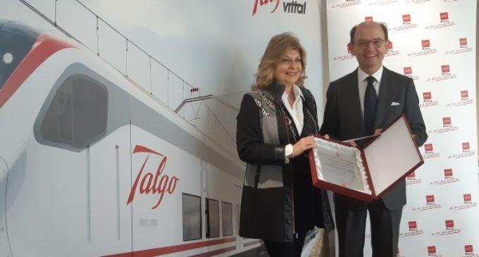 La Comunidad entrega el sello de calidad Madrid Excelente a la empresa española Talgo
