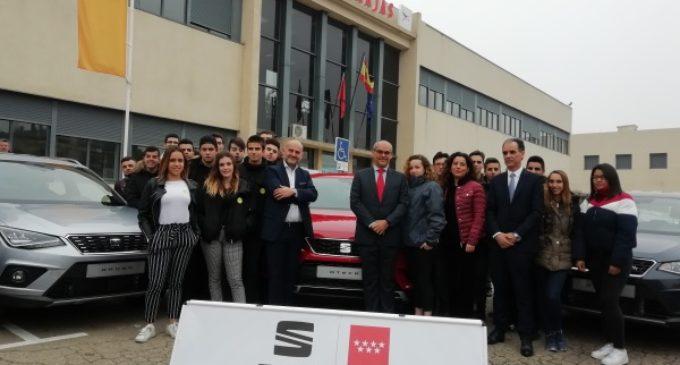 La Comunidad forma a alumnos de FP en nuevas tecnologías de los vehículos híbridos y eléctricos