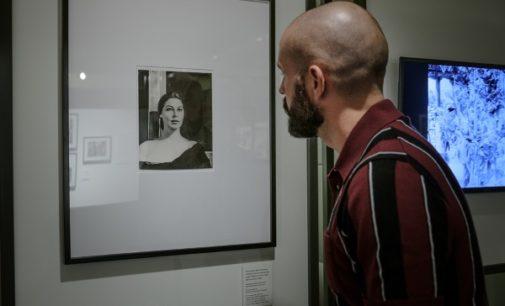 La Comunidad muestra la huella de las estrellas de Hollywood en Madrid en la Sala El Águila
