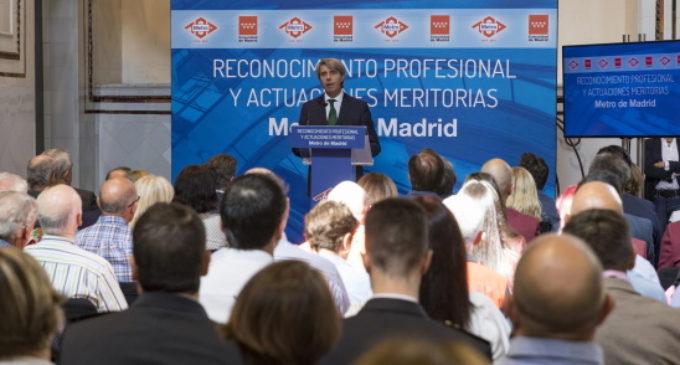 La Comunidad reconoce la trayectoria y actuaciones extraordinarias de los empleados de Metro de Madrid