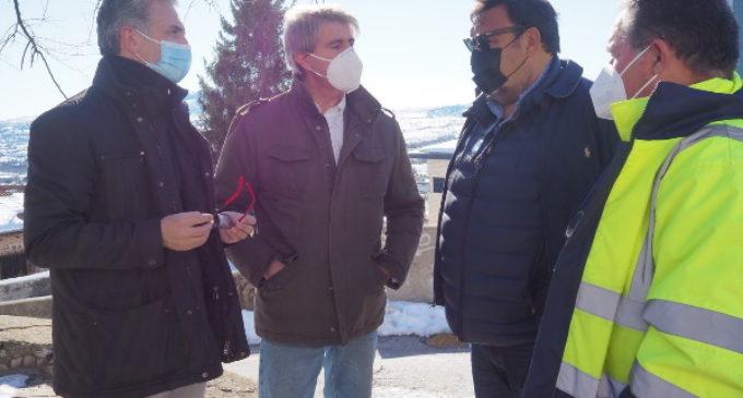La Comunidad refuerza la colaboración con los aytos. para retirar la nieve de infraestructuras municipales y facilitar el acceso en transporte público