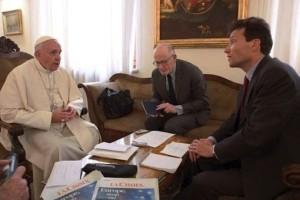La Croix entrevista al Papa