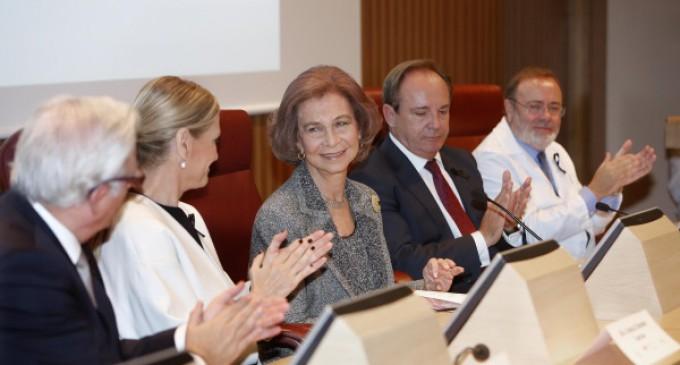 Cifuentes destaca que La Paz ha contribuido al prestigio de la sanidad pública madrileña