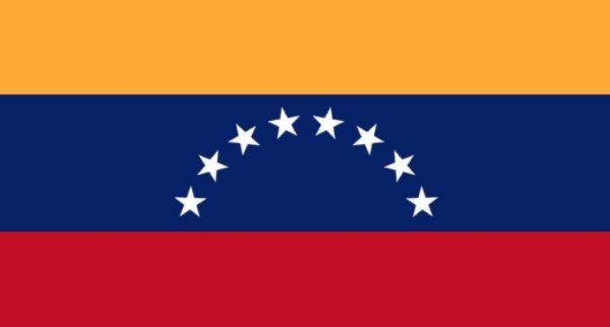 El nuncio en Venezuela: la Iglesia invita al diálogo pero no lo impone