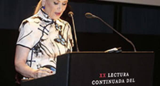 Cristina Cifuentes participa en la XX Edición de la Lectura Continuada de 'El Quijote'