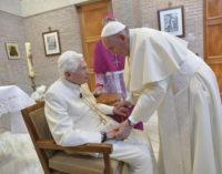 """Lucha contra la corrupción: Francisco recogió """"el testigo"""" de Benedicto XVI"""
