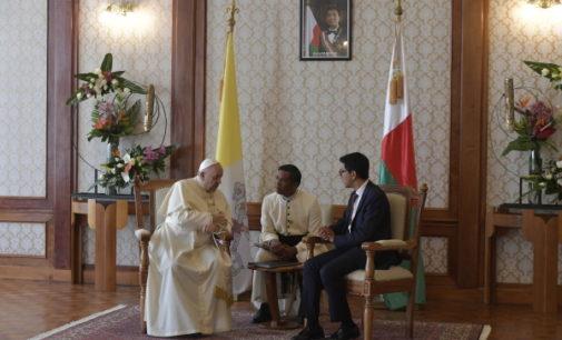 Madagascar: Reunión del Santo Padre con el presidente católico Andry Rajoelina