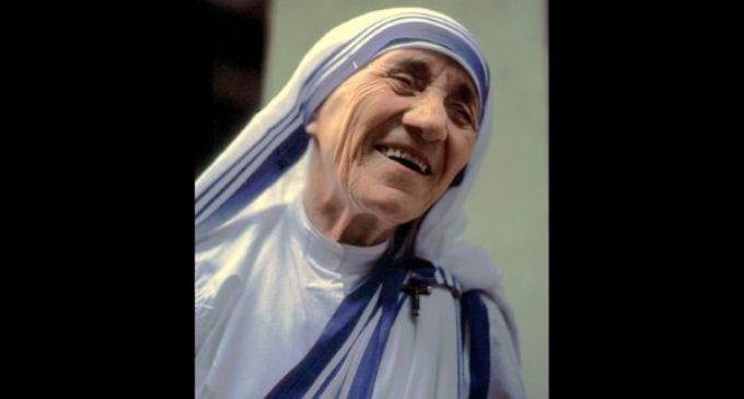 Madre Teresa, hija del Concilio, supo conjugar la tradición con la vida activa