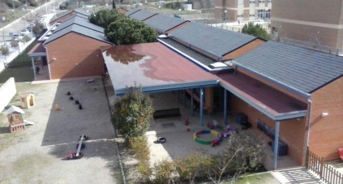 IU reclama la gestión directa del servicio de limpieza de edificios asumiendo a la actual plantilla