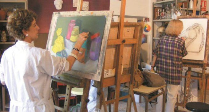 Cerámica, telares, fotografía digital, danza, manualidades, dibujo y pintura en la oferta de talleres del curso 17-18