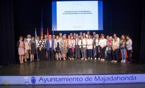 Majadahonda: Reconocimiento público a toda una vida dedicada a la enseñanza