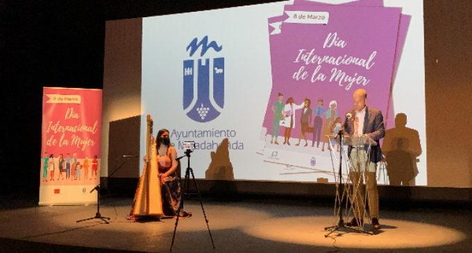 El Ayuntamiento de Majadahonda celebra un acto virtual para conmemorar el 8 de marzo