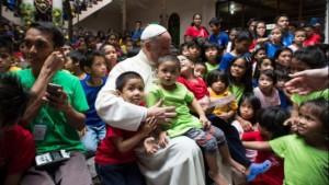 Manila. Palacio Presidencial 3. Niños de la calle