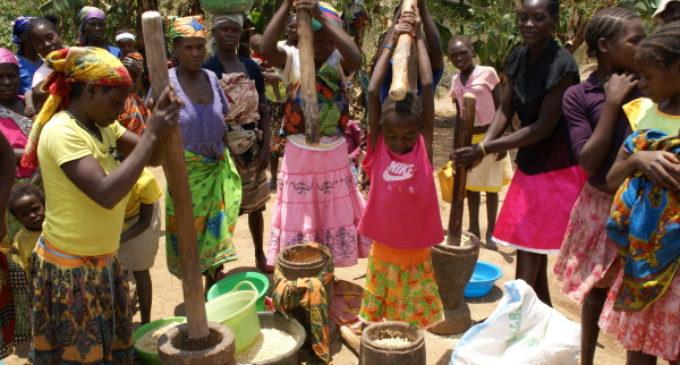 El hambre, la pobreza, sus cifras y sus causas, son incompatibles con la dignidad de la persona