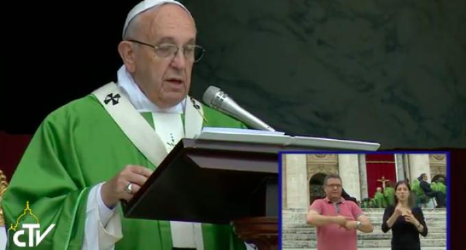El Papa advierte sobre la sociedad en la que 'lo imperfecto debe ser ocultado'