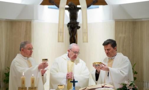 El Papa ofrece una misa en Santa Marta por los cristianos coptos asesinados en Libia