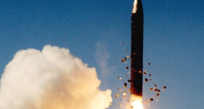 Tratado antinuclear. Mons. Tomasi: un paso más hacia la paz