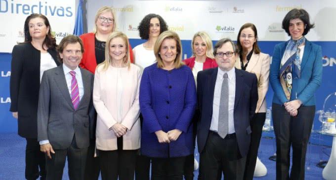 Cifuentes apela a la colaboración de empresas y sociedad para lograr la plena igualdad profesional de la mujer