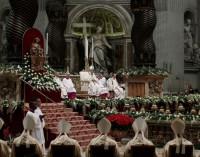 Mensaje de Navidad del Papa: »Sólo la misericordia de Dios puede liberar a la humanidad de tanto mal»