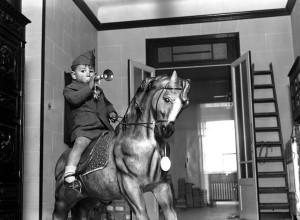 Niño a caballo