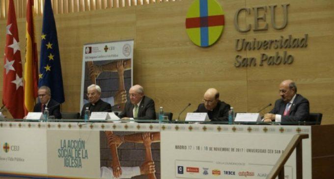 Nuncio en España: «No existe el santo que no sea sensible a los pobres»