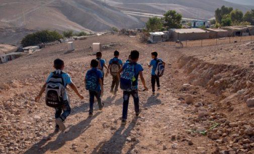 Las ONG reclaman educación y políticas sociales frente a la desprotección de la infancia