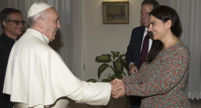 Oficina de Prensa de la Santa Sede: Renuncia del Director, Greg Burke, y de la Vice Directora, Paloma G. Ovejero