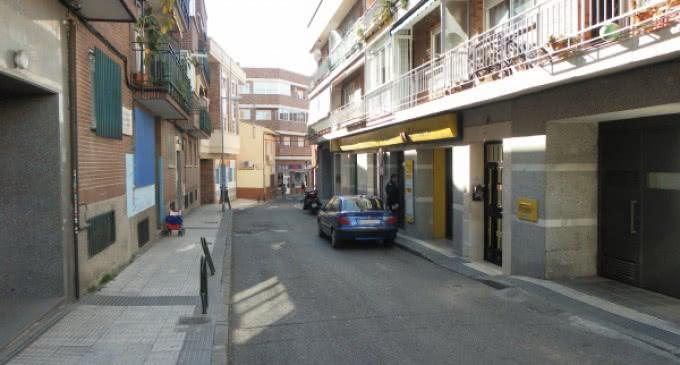 El Ayuntamiento ejecuta obras de mejora del entorno de la oficina de Correos de la calle Oriente