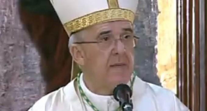 El Arzobispo de Madrid bendecirá personalmente a cada familia en la Catedral de la Almudena