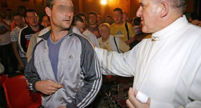 La Iglesia acompaña a unos 60.000 presos en las cárceles españolas