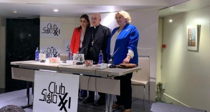 Cardenal Osoro en el Club Siglo XXI: «Dios es Amor. La cultura del encuentro comienza por esta acogida»