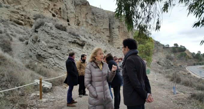 El gobierno regional destina más de 400.000 euros para la protección del Risco de la Cuevas