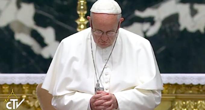 Atentado en Sinaí: El Papa encomienda al alma de las víctimas