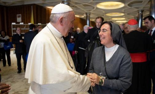 Vaticano: «Si nos va bien a todos, la economía gira»