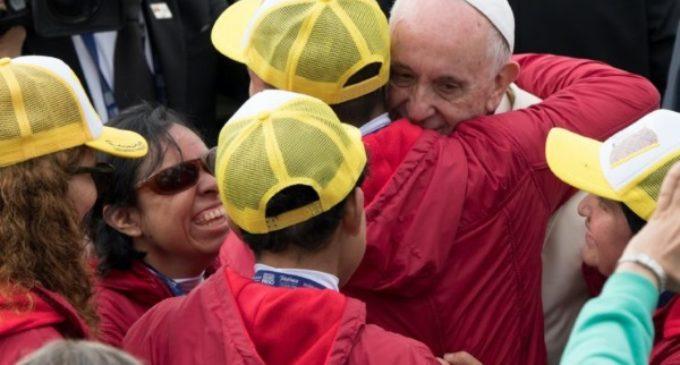Rueda de prensa del Papa en el avión: el modelo colombiano para procesos de paz