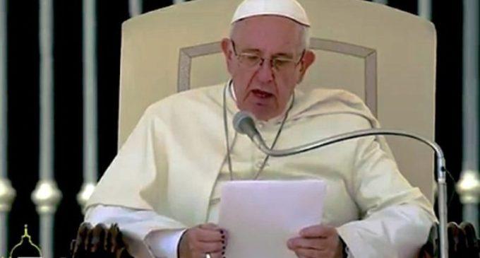 Terremoto en Italia: el Papa suspende la catequesis y reza el rosario por las víctimas