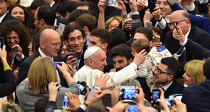 El Santo Padre llama a los empresarios a realizar un nuevo humanismo del trabajo