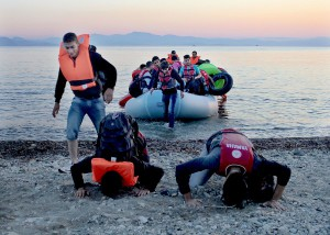Papa. Imigrantes llegan a Lesbos