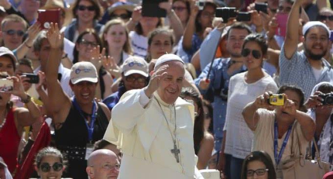 El Papa advierte del riesgo de caer en la  hipocresía, de creernos mejores , cuando debemos mirar nuestro pecado y al Señor