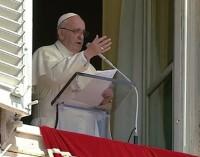 El Papa pide oraciones por los ecuatorianos que sufrieron el terremoto