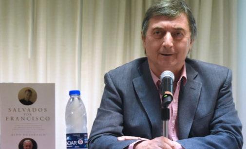 El ex Montonero y escritor, Aldo Duzdevich: «El Papa es consciente de las críticas, pero aspira a que su reforma perdure»