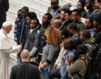 El Papa pide que los derechos humanos sean el eje de las acciones políticas