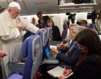 El Papa pide perdón a las víctimas de abusos pero insiste: «no hay evidencias» en contra de Barros