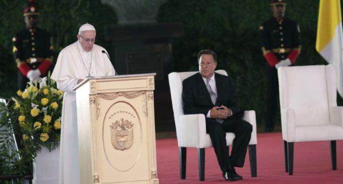 El Papa pide a las autoridades panameñas demostrar con su vida que «el servicio público es sinónimo de honestidad»
