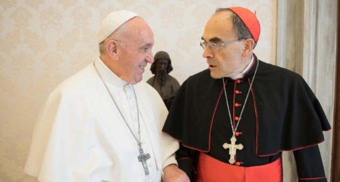 El Papa rechaza la dimisión de Barbarin y acepta su retiro temporal de Lyon